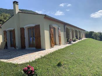 Villa 4 pièces 182 m2