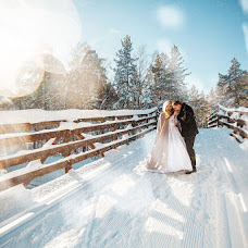 Wedding photographer Vika Nazarova (vikoz). Photo of 05.03.2017