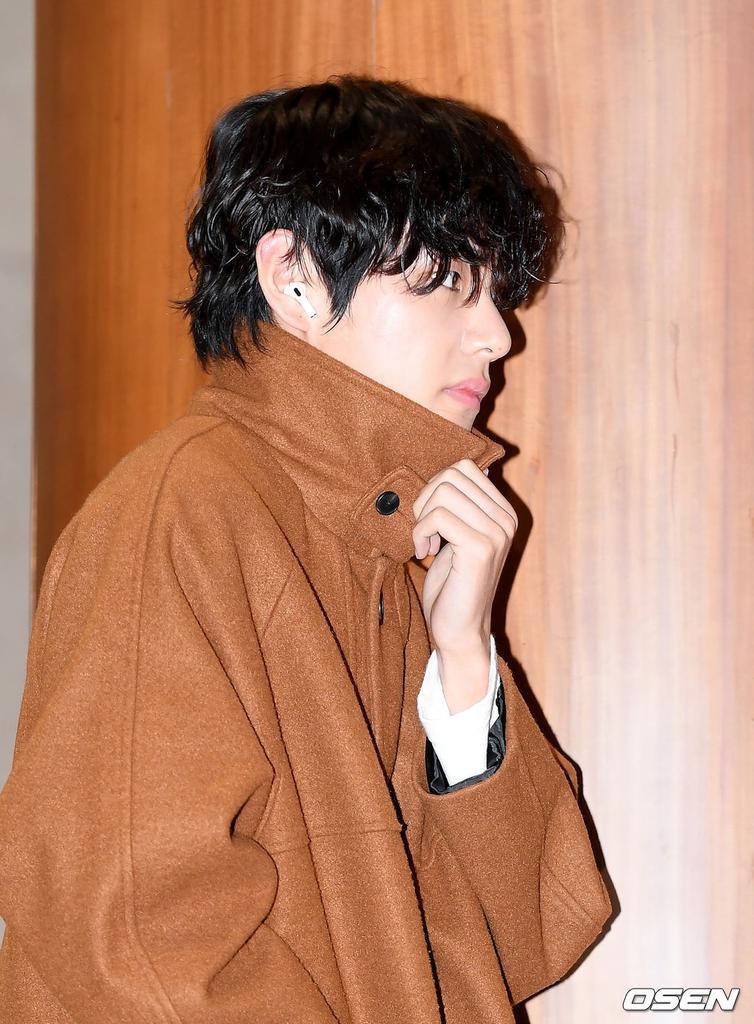 taehyung3
