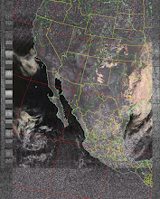 Photo: NOAA 19 northbound 34W at 30 Sep 2012 20:20:02 GMT on 137.10MHz, HVC enhancement, Normal projection, Channel A: 2 (near infrared), Channel B: 4 (thermal infrared)