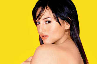 Photo: Sonakshi Sinha has a real woman's body: Ranveer Singh http://t.in.com/4rHJ
