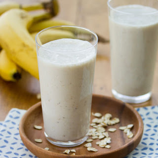 Banana-Oat-Honey Smoothies.