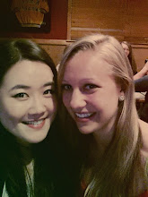 Photo: Soojinin kanssa syömässä Zumba-tyttöjen kanssa
