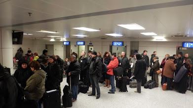 Photo: Kínai repülőtér  Becsekkolásra várakozás