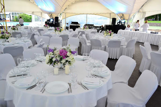 Площадка для свадьбы у воды «Зал «Шале»»