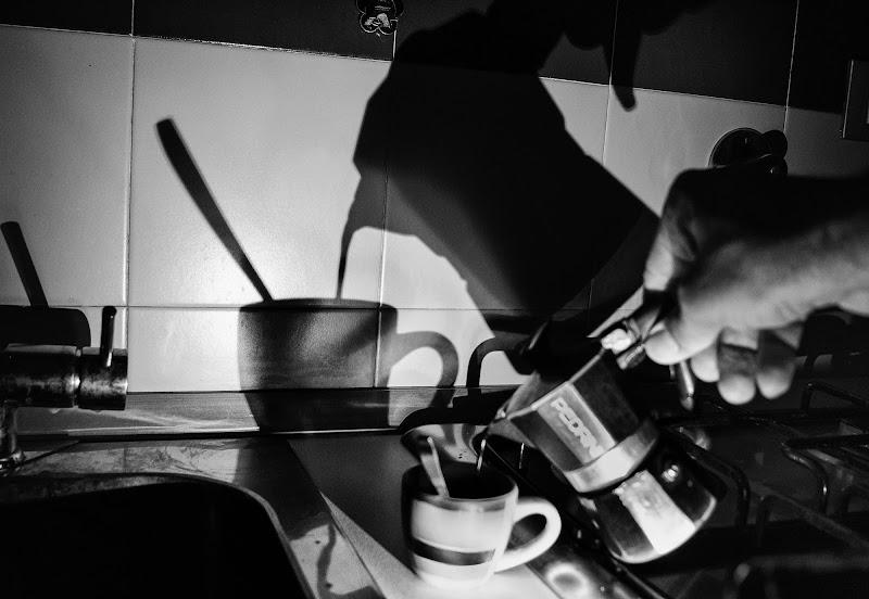 5:00 a.m Non so voi, ma io ho bisogno di un caffè.. doppio!!! di gio7.0