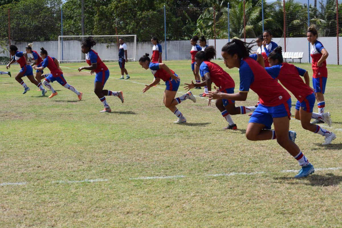 Leoas se preparam no CT Ribamar Bezerra antes de embarcar para Salvador