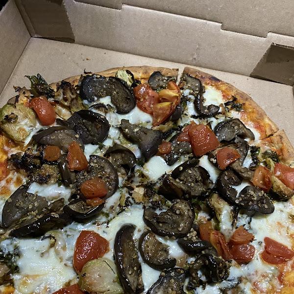 Gluten Free Eggplant, Brüssel Sprout + Tomato Pizza