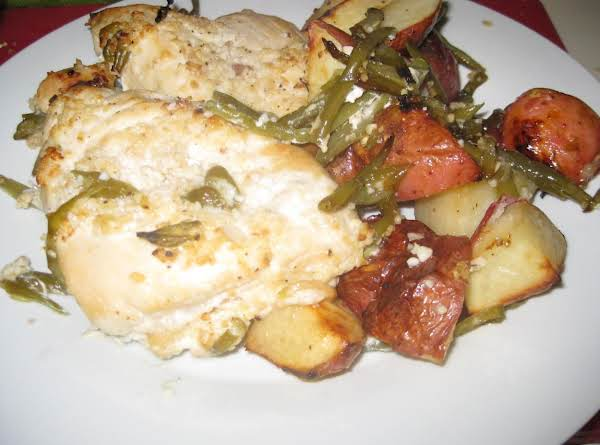 Garlic &lemon Chicken With Green Beans & Potatoes Recipe