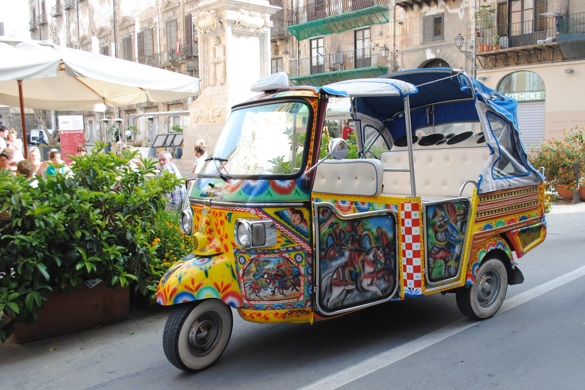 My Photos: Italy -- Sicily -- Palermo -- Walking Around the City