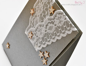 Photo: http://bettys-crafts.blogspot.com/2015/11/weihnachtskarte.html