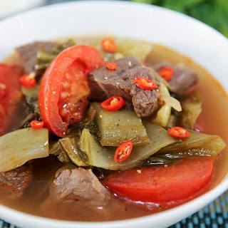Beef Shank and Pickled Mustard Greens Soup (Canh Dua Cai Chua Bap Bo) Recipe