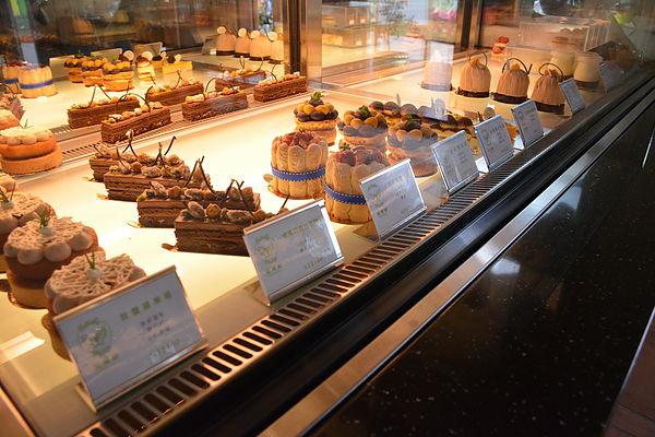 華麗法式甜點&歐風建築--蝴蝶橋美食莊園