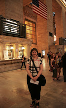 Photo: Turisti kuvattavana Grand Central Stationilla
