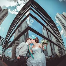 Wedding photographer Vitaliy Tarasov (VitalyTarasov). Photo of 19.09.2014