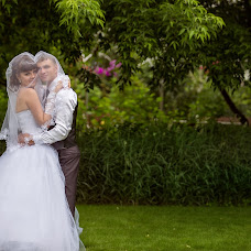 Wedding photographer Oksana Nikitina (OksanaNiki). Photo of 05.07.2014