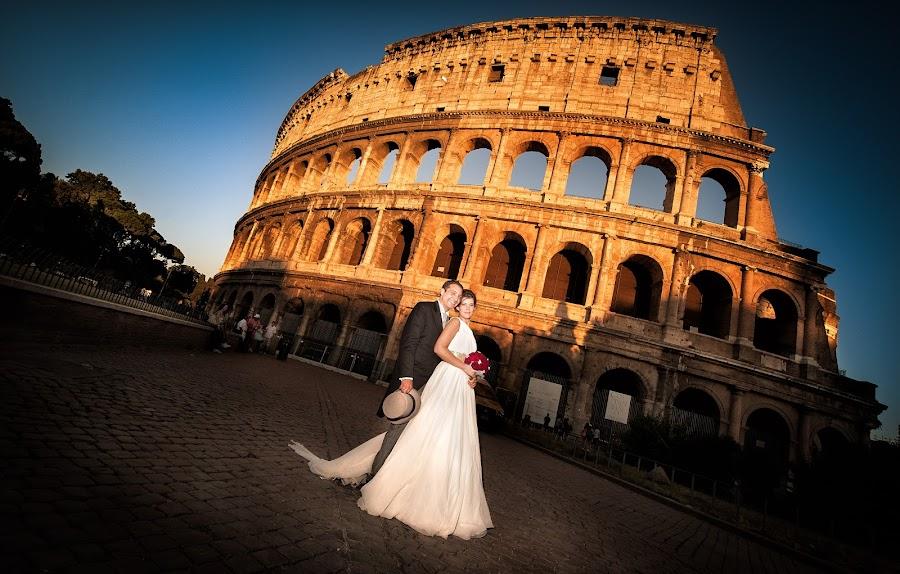 Fotografo di matrimoni Lidia Marcelli (attimidiluce). Foto del 24.02.2015