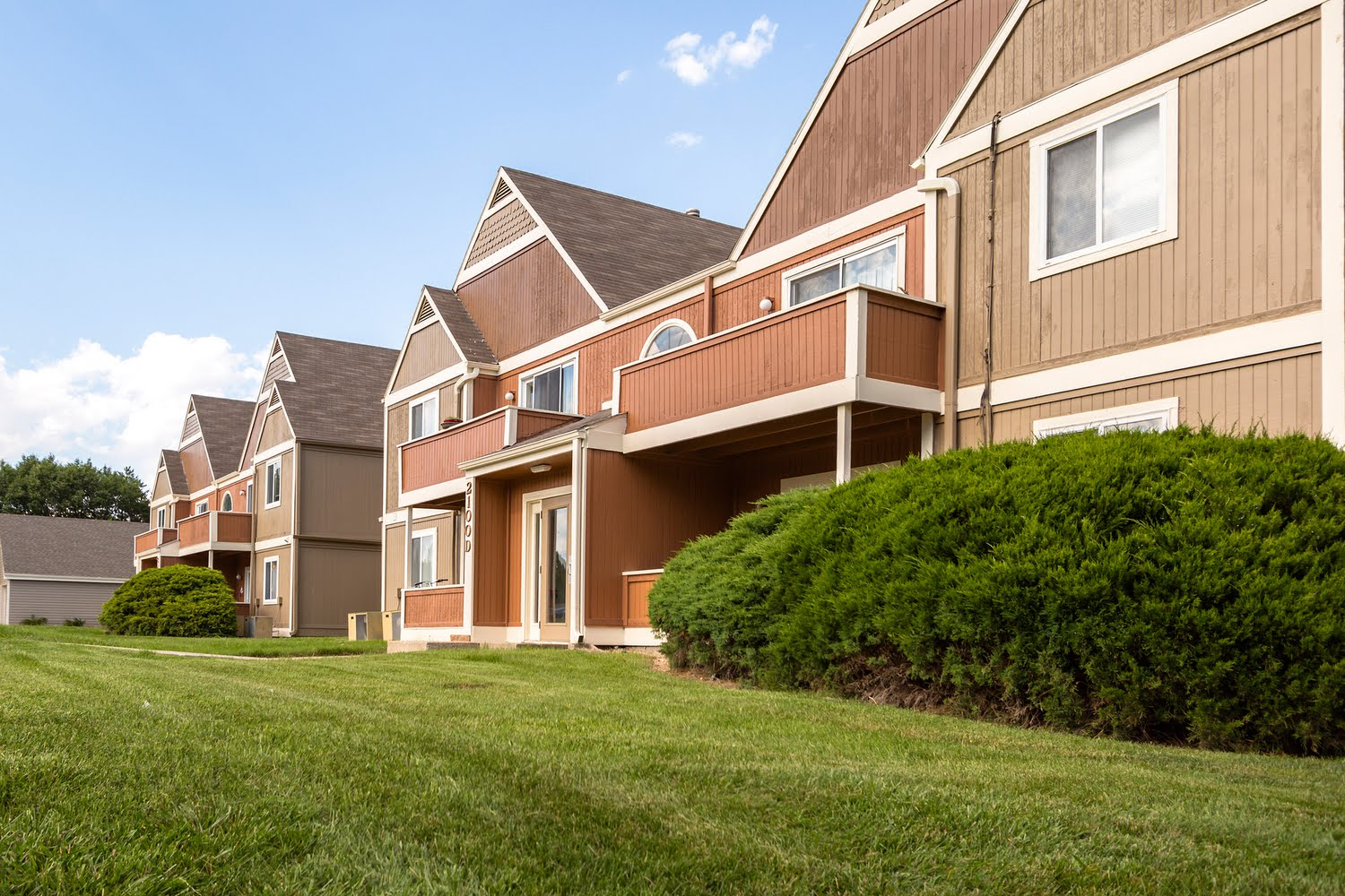 peppertree apartments for rent in lawrence kansas