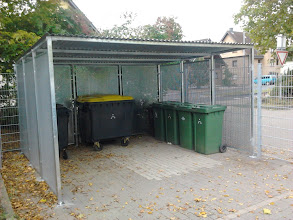 Photo: Mülleinhausung