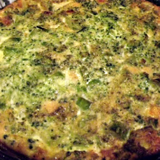 Quick and Easy Crust-less Spinach Quiche.