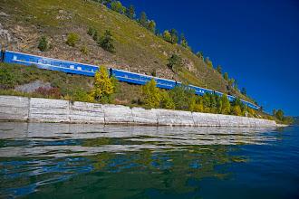 Photo: A Transzszibériai vasút a Bajkál-tónál