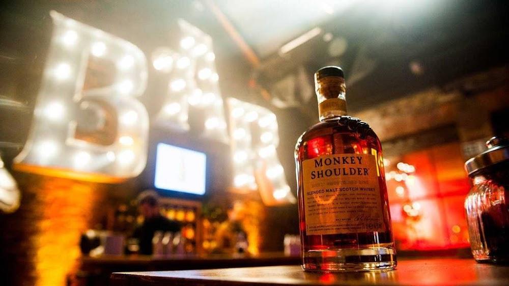 best-whisky-brands-india_Monkey_Shoulder_Triple_Malt_whisky_Price_Rs. 4000 for 700 ml.