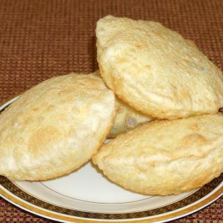 Dal Puri (Indian Fried Bread)