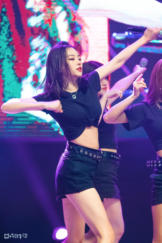 yeeun black 35