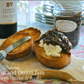 Gourmet Sweet Balsamic Fig and Onion Jam with Black Pepper & Vanilla