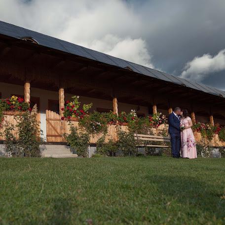 Wedding photographer Iulian Moclea (iulian). Photo of 04.11.2017
