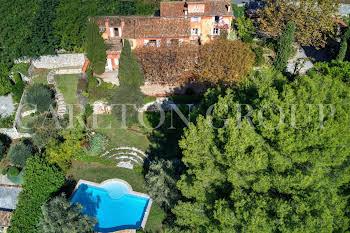 Villa 11 pièces 460 m2