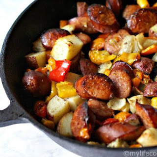 Potatoes Peppers and Kielbasa Skillet Dinner.