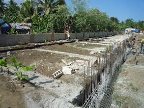 Photo: Ferraillage des semelles de fondation du bâtioment principal