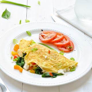 Spinach, Feta And Peppers Omelet