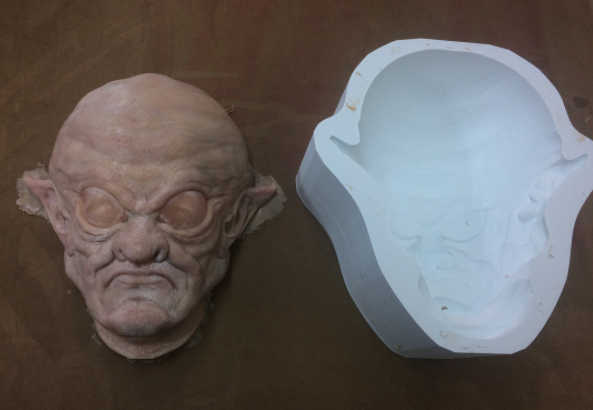 Frank Ippolito uses 3D printing to make silicone molds for masks and props