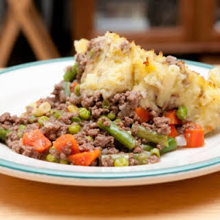 Slow Cooker Ground Beef And Mashed Potato Casserole.