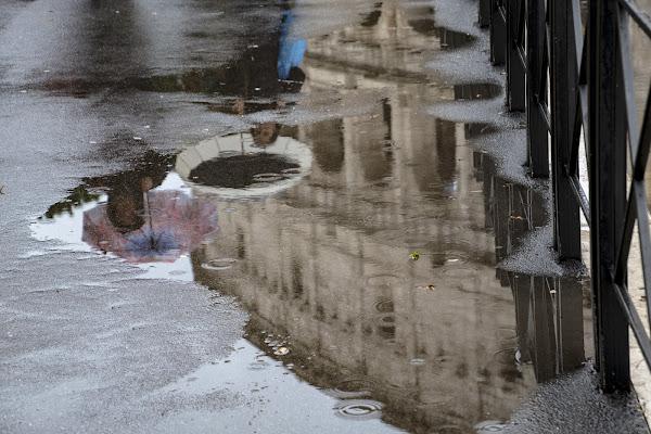 It's raining di Nefti-Monica