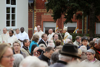Photo: Derefter procession og mesen kan begynde