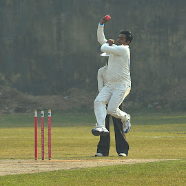 by Subhajit Ganguly - Sports & Fitness Cricket