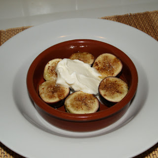 Spanish Recipes – Figs with Honey and Cinnamon.