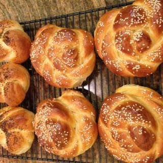 Sweet Bread Rolls Challah Bread.