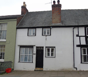 Listed town cottage for sale