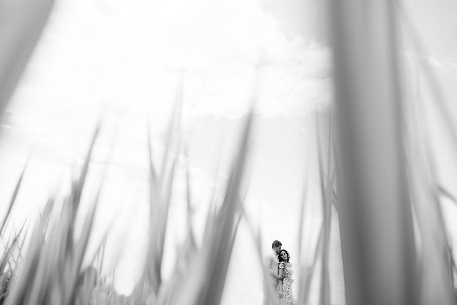Wedding photographer Roman Pervak (Pervak). Photo of 09.05.2016