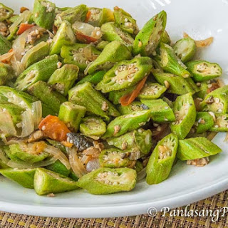Ginisang Okra with Fish Flakes