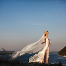Wedding photographer Svetlanka Teleneva (FotoKitchen). Photo of 04.01.2018