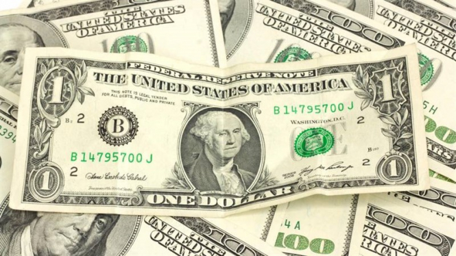 The dollar received a black mark from the Fed
