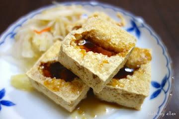 彭記蚵仔麵脆皮臭豆腐