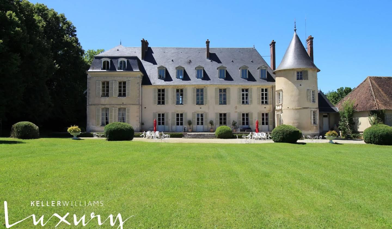 Château Gy-les-Nonains