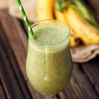 Sweet Green Smoothie (Banana Broccoli) – Gluten-free and Vegan