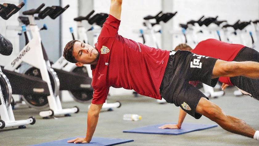 Lucas Robertone en el entrenamiento de este sábado en el Mediterráneo.